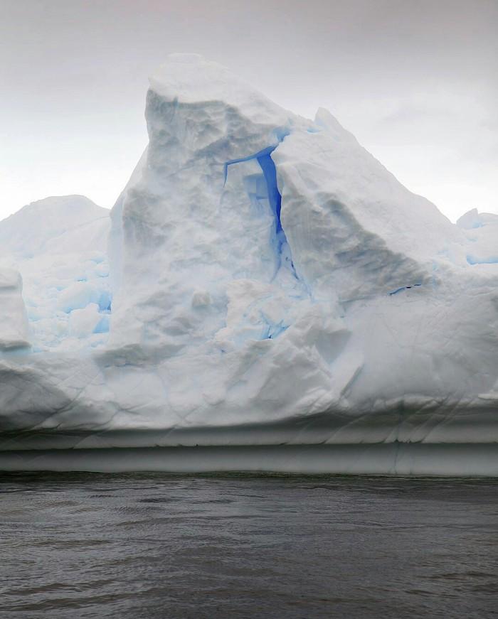 Это таинственное свечение... Айсберг, Антарктика