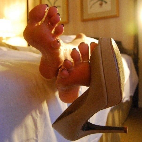фетиш ног познакомиться с девушкой свидание пригласил