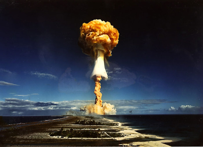 Евгений Пожидаев: Ядерные мифы и атомная реальность Ядерная война, Ядерное оружие, Ядерный удар, Мифы, Длиннопост