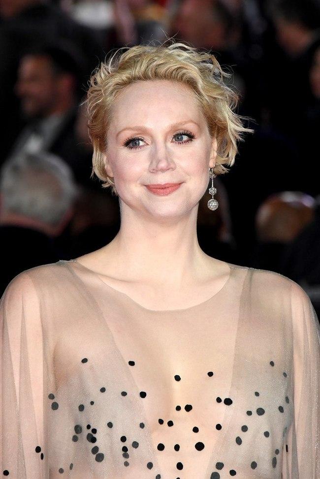 """Гвендолин Кристи на премьерном показе фильма """"Звёздные войны: последний джедай."""" в Лондоне. Гвендолин Кристи, Актеры, Бриенна, Длиннопост"""