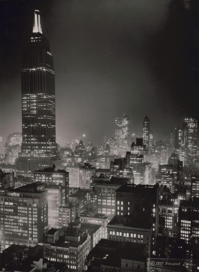 Почему знаменитый небоскреб Эмпайр-стейт-билдинг долгое время стоял полупустым Эмпайр-Стейт-Билдинг, США, Нью-Йорк, небоскреб, длиннопост