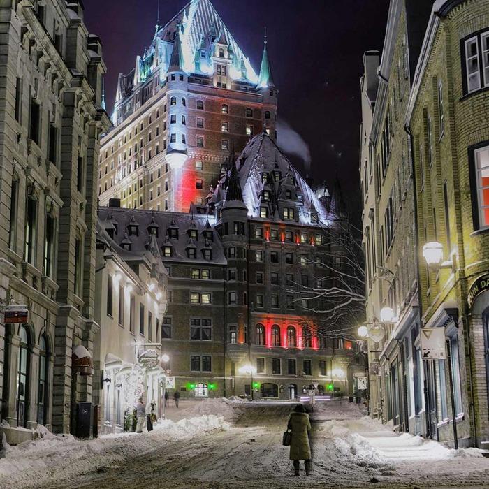Зима в Квебеке, замок Фронтенак.