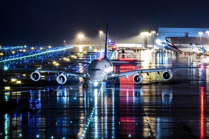 """Airbus A380-841 авиакомпании """"Thai Airways International"""" в аэропорту Osaka - Kansai (KIX/RJBB)"""