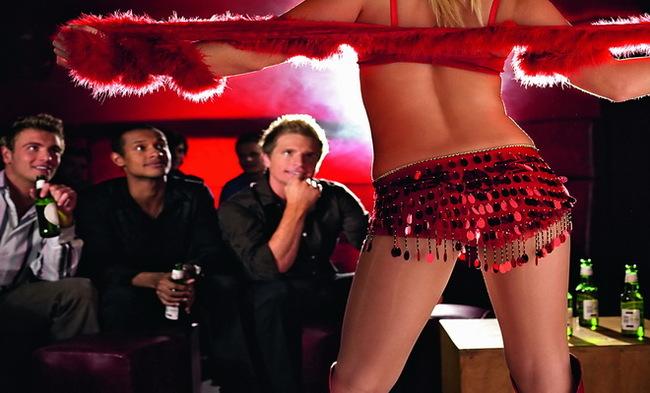 Эротический массаж в стриптиз баре, русское порно с господином и рабыней