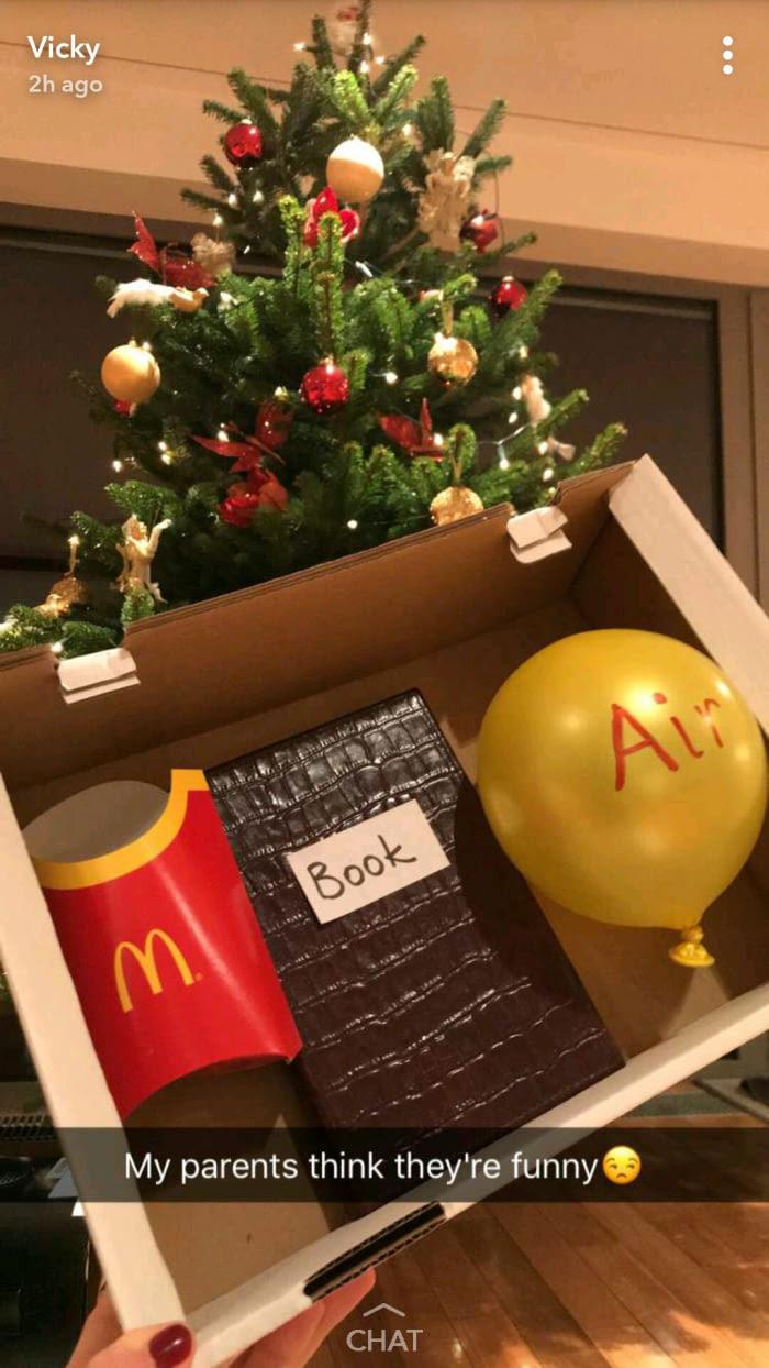 Не знаете что подарить на Новый Год? Подарите Macbook Air!