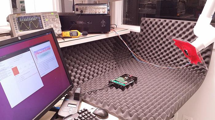 Опубликованы звуковые частоты и углы атаки для выведения из строя HDD разных моделей направленным звуком Жесткий Диск, Компьютерное железо, Информационная безопасность, Звук, Длиннопост, Видео