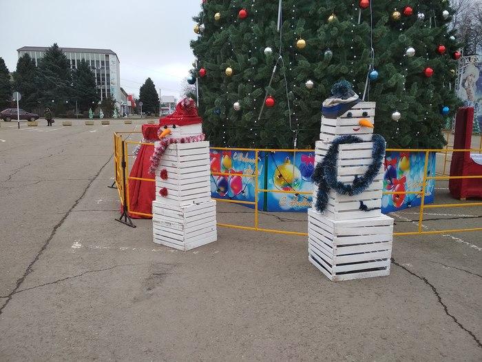 Коробковик Снег, Ящик