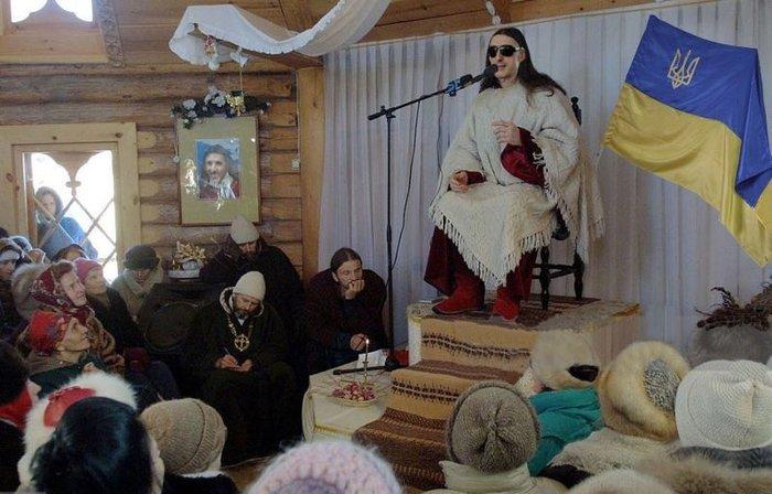 obryad-posvyasheniya-v-svingeri-kerolayn-toska-porno
