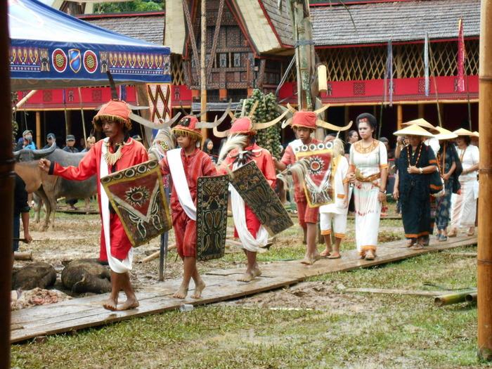 Индонезия, Тана Тораджа. Ритуальные убийства во имя умершей бабушки. Жесть, Индонезия, Тана Тораджа, Путешествия, Длиннопост