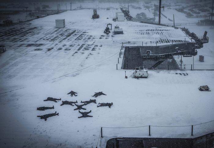 А кто-то жалуется на чистку, от снега, собственного автомобиля Армия, Армия США, ВМС, Балдеж, Снег