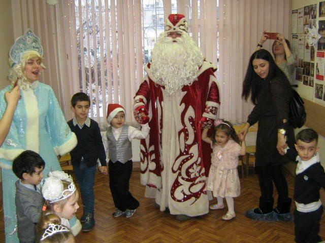 Новый год в студиях «Колокольчик» и «Малыш» Новый Год, Праздники, Дети, Длиннопост