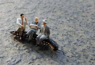 Будущее общественного транспорта Насекомые, Пассажиры, Люди, Игрушки, Сороконожка, Общественный транспорт, Верхом, Гифка