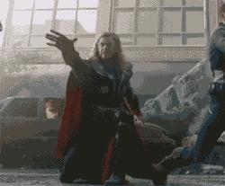 Тор, лови! Киносъемки, Мстители, Тор, Молот тора, Гифка