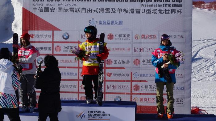 Одна из 169 спортсменов что едут на Олимпийские Игры в Пхенчхане Олимпиада, Фристайл, Длиннопост