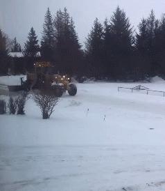 """Уборка снега без """"блокировки"""" въезда в ваш двор"""