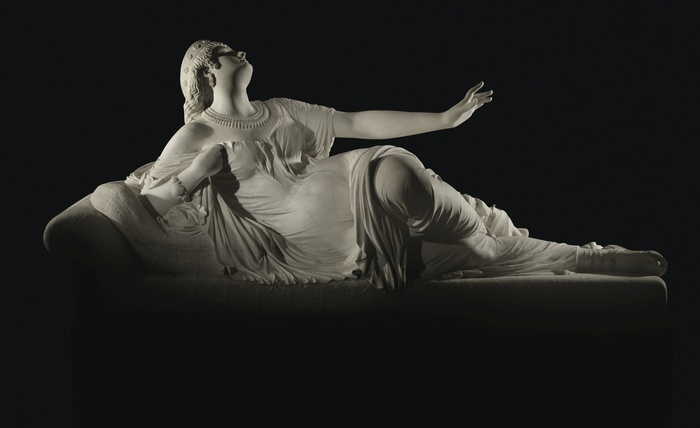 Жан-Батист Огюст Клезингер — Умирающая Клеопатра, 1861 Скульптура, Мрамор, Клеопатра, Длиннопост