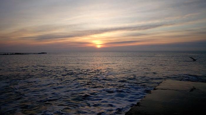 2 минуты до рассвета. Сегодня. Крым. Море.