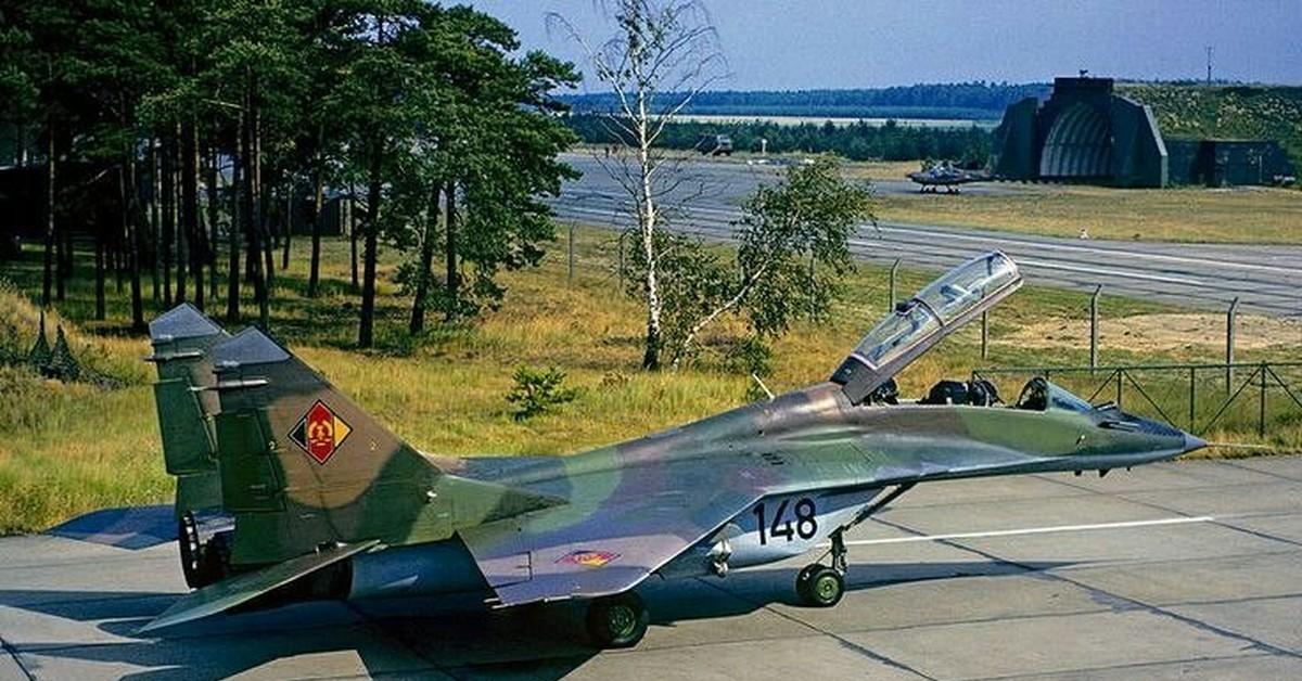 """Лётчики Народной Армии ГДР -""""чужие среди своих"""". Почему в военных кругах НАТО возникла """"мода"""" на немецких пилотов"""