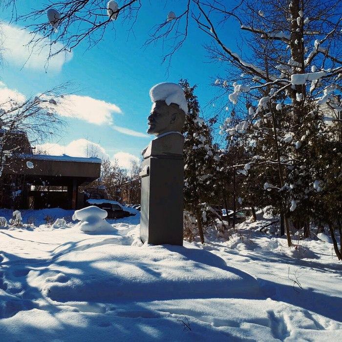 Ленин Ленин, Прическа, Снег