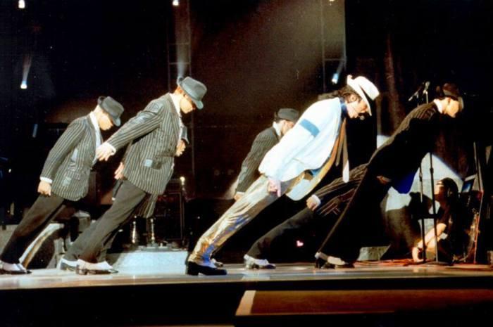 Как Майкл Джексон победил силу притяжения. Майкл Джексон, Сила тяжести, Ботинки, Гравитация, Видео, Длиннопост