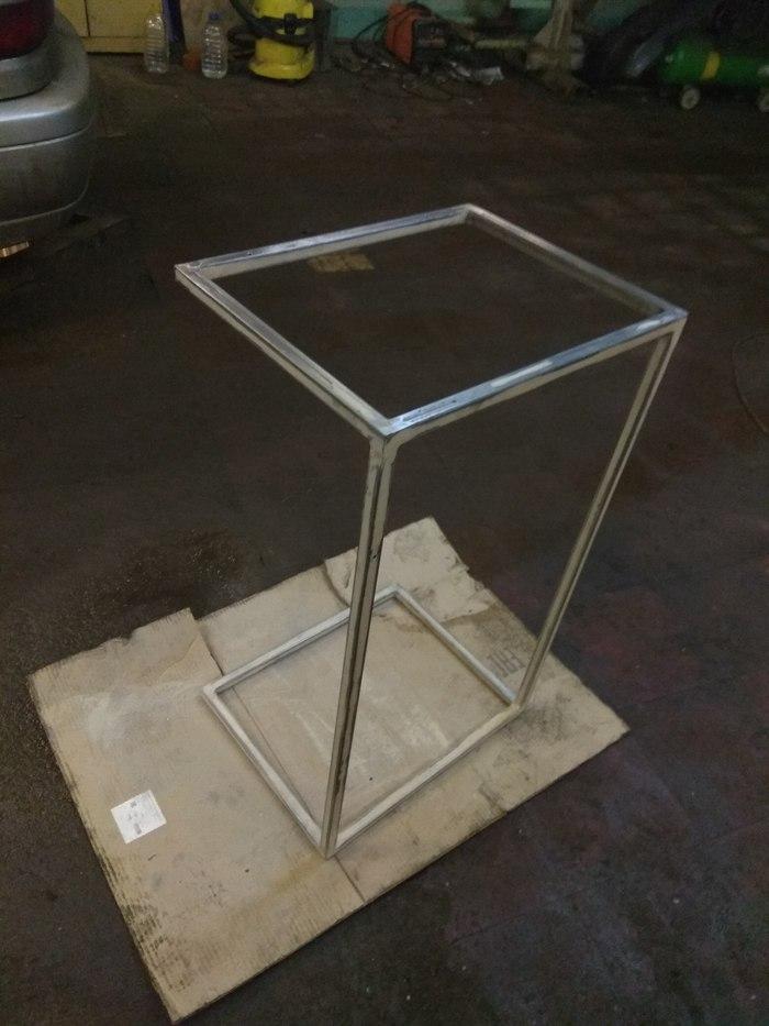 Срочно нужен стол, или как мало человеку нужно для счастья... стол, мебель, металлическая мебель, сварка, рукоделие с процессом, консольный стол, дизайн, длиннопост