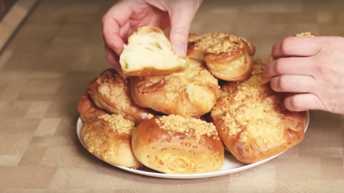 Слоеные сырные булочки с хрустящей корочкой Рецепт, Видео рецепт, Булочки, Булочки с сыром, Слоеные булочки, Сырные булочки, Видео, Длиннопост