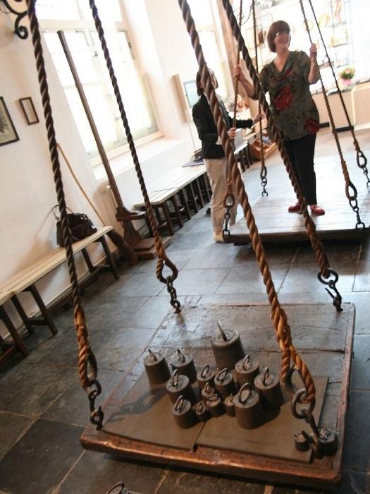 Как в Нидерландах всех худышек извели. ведьмы, пытки, казнь, ведьминские весы, длиннопост
