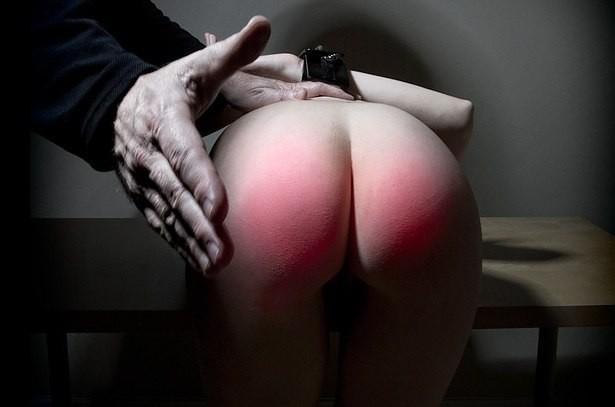 Скрытой фото отшлепанной попки эротика онлайн порно приеме