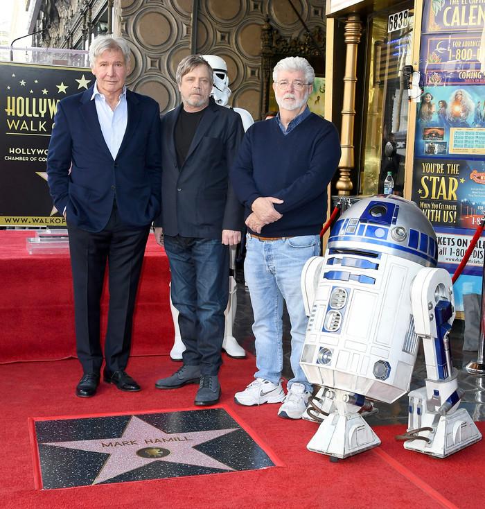 Марк Хэмилл получил звезду на голливудской Аллее славы Марк Хэмилл, Голливуд, Аллея Славы, Харрисон Форд, Джордж Лукас, Длиннопост, Star wars