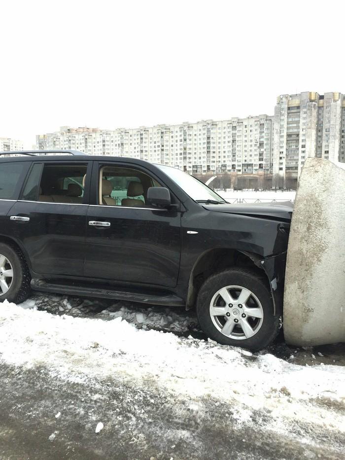 Не влезла Авто, Lexus, Twitter