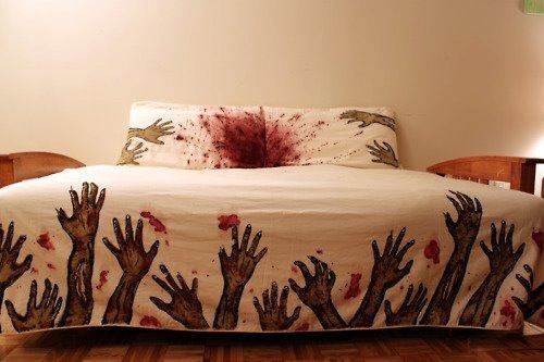 Девушка попросила выбрать новое постельное белье