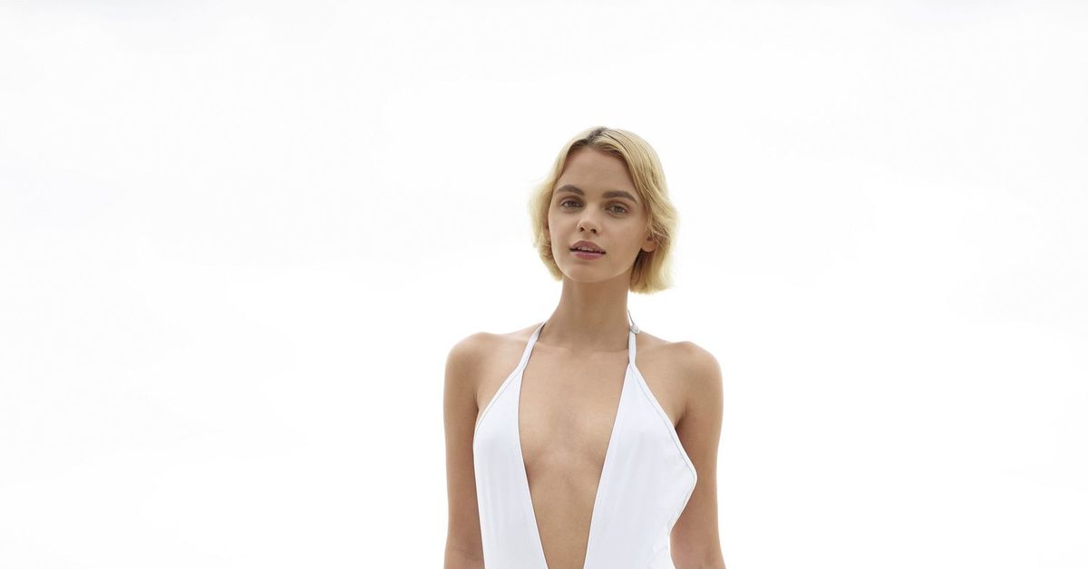 Big tits wife car topless