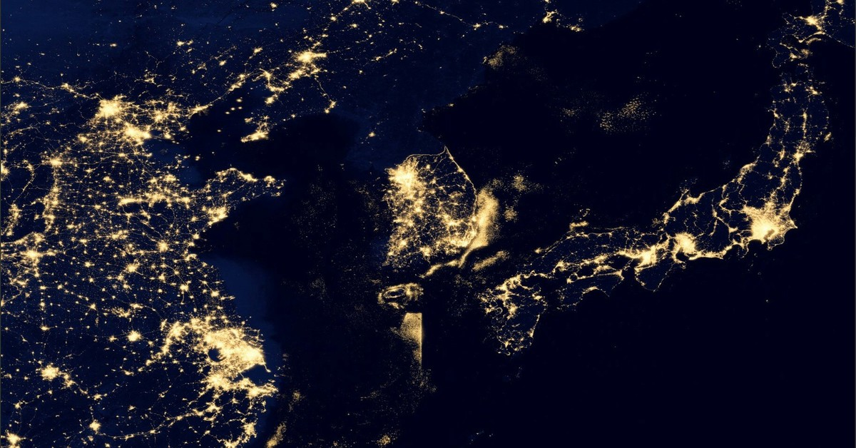 фото корейского полуострова ночью тем