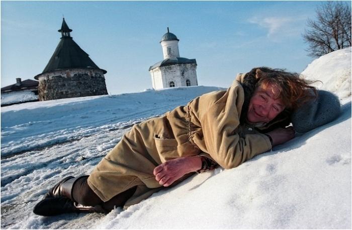 Коллега в морозную ночь спасла женщину от смерти Бытовуха, Трагедия, Спасение жизни, Новости