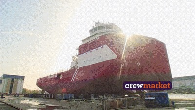 Корабли можно строить ради одного их спуска в воду