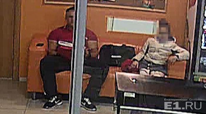 скрытая камера в школьной женской раздевалке смотреть видео