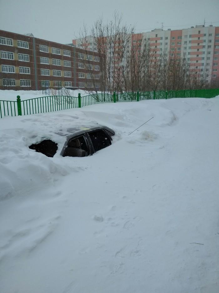 Зимует Машина, Снег, Разбитое стекло, Длиннопост