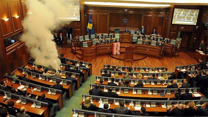 Заседание в Парламенте Косово Фотография, Газ, Косово, Политика, 404, Парламент
