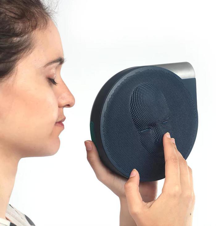 Удивительная камера для слабовидящих. Камера, Слабовидящие, Длиннопост, Видео