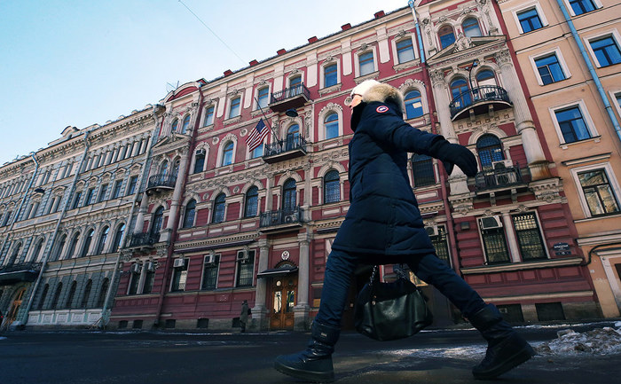 Россия решила закрыть генконсульство США в Санкт-Петербурге Политика, Общество, МИД РФ, США, Кризис, Сергей Лавров, Генконсульство, Рбк, Длиннопост