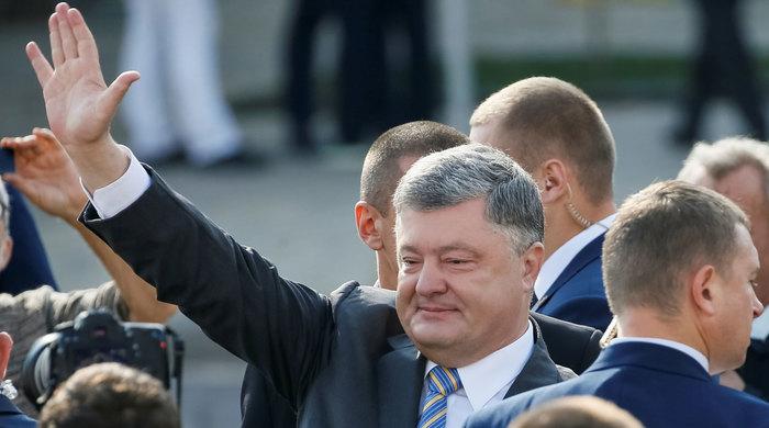 Порошенко заявил об окончании самых тяжелых испытаний для Украины Общество, Политика, Украина, Киев, Донбасс, Война, Пасха, Газетару
