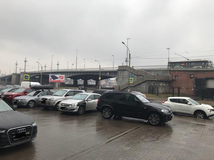 Особенности парковки BMW