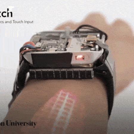 Смотреть Часы, превращающие руку в тачскрин видео