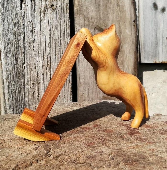Кот из акации Резьба по дереву, Кот, Своими руками, Подставка для телефона, Ручная работа, Длиннопост