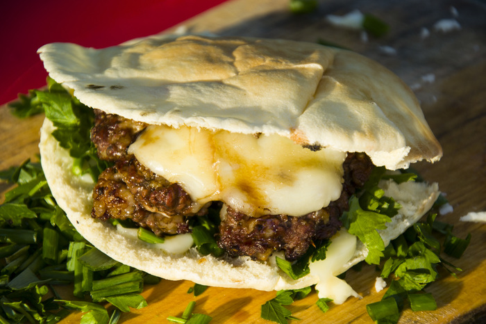Горный бургер Еда, Рецепт, Бургер, Горы, Кавказ, Баранина, Гриль, Dinoburger, Длиннопост