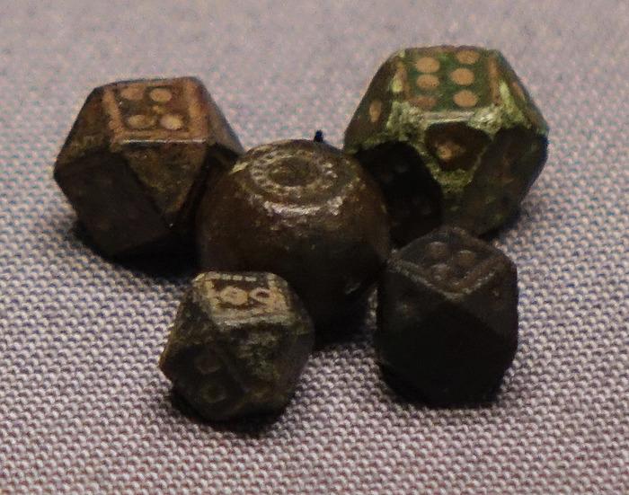 Игральные кости из могилы викинга
