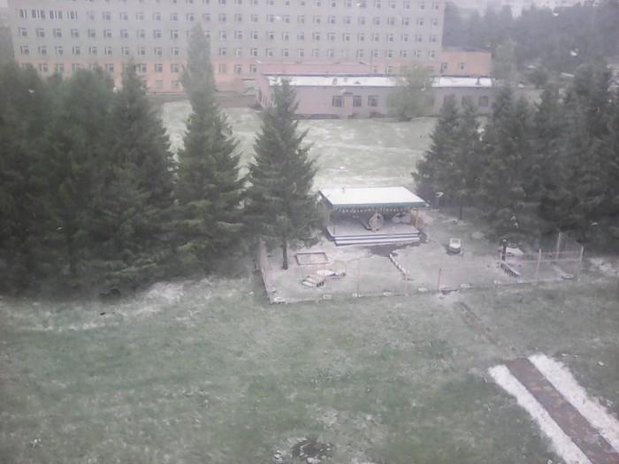 Первый день лета в г. Набережные Челны Первыйденьлета, Жаркоелето2018, Снег