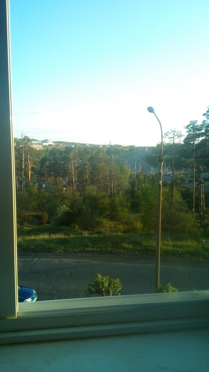 Вышел на балкон Бросить курить, Вид с балкона, Жизнь прекрасна, Теги никто не читает