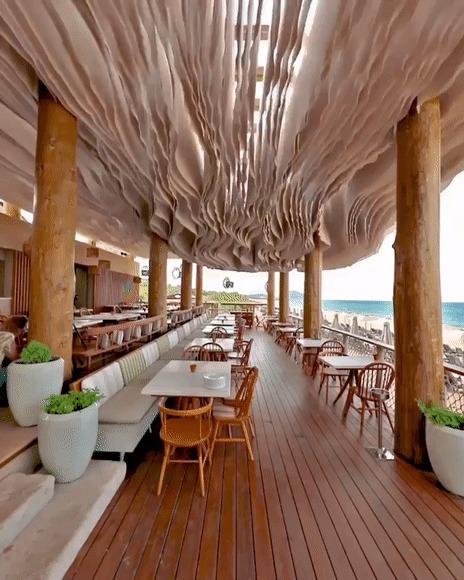 Ветер развевает потолок в пляжном баре Гифка, Бар, Пляж, Ветер, Красота, Греция, Reddit