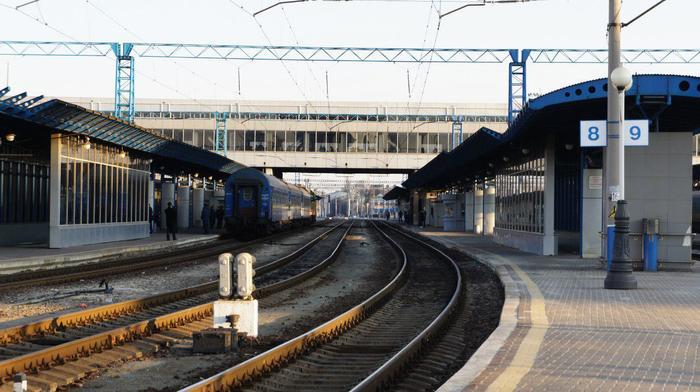 Украина рассматривает возможность прекращения железнодорожного сообщения с РФ, - Омелян Украина, Политика, Железная дорога